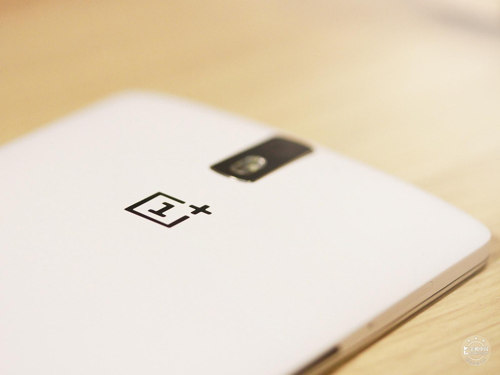 一加手机(16GB/移动版)机身细节第5张