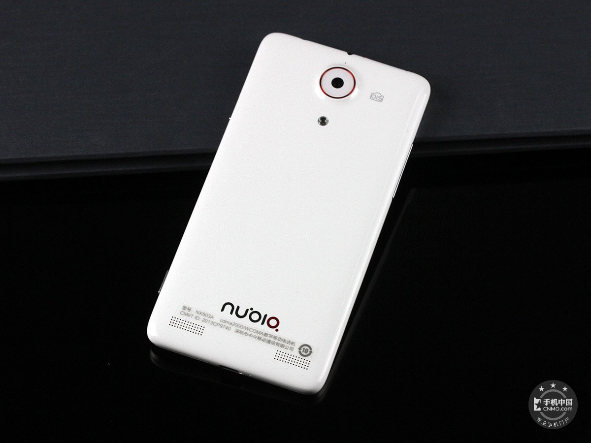 努比亚Z5Sn(64GB)整体外观第4张