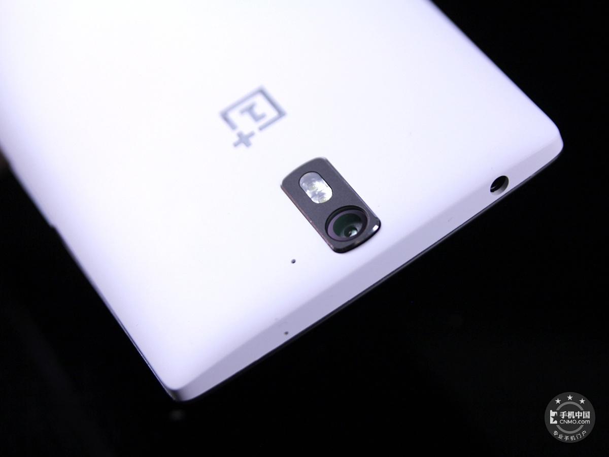 一加手机(16GB/联通版)机身细节第4张