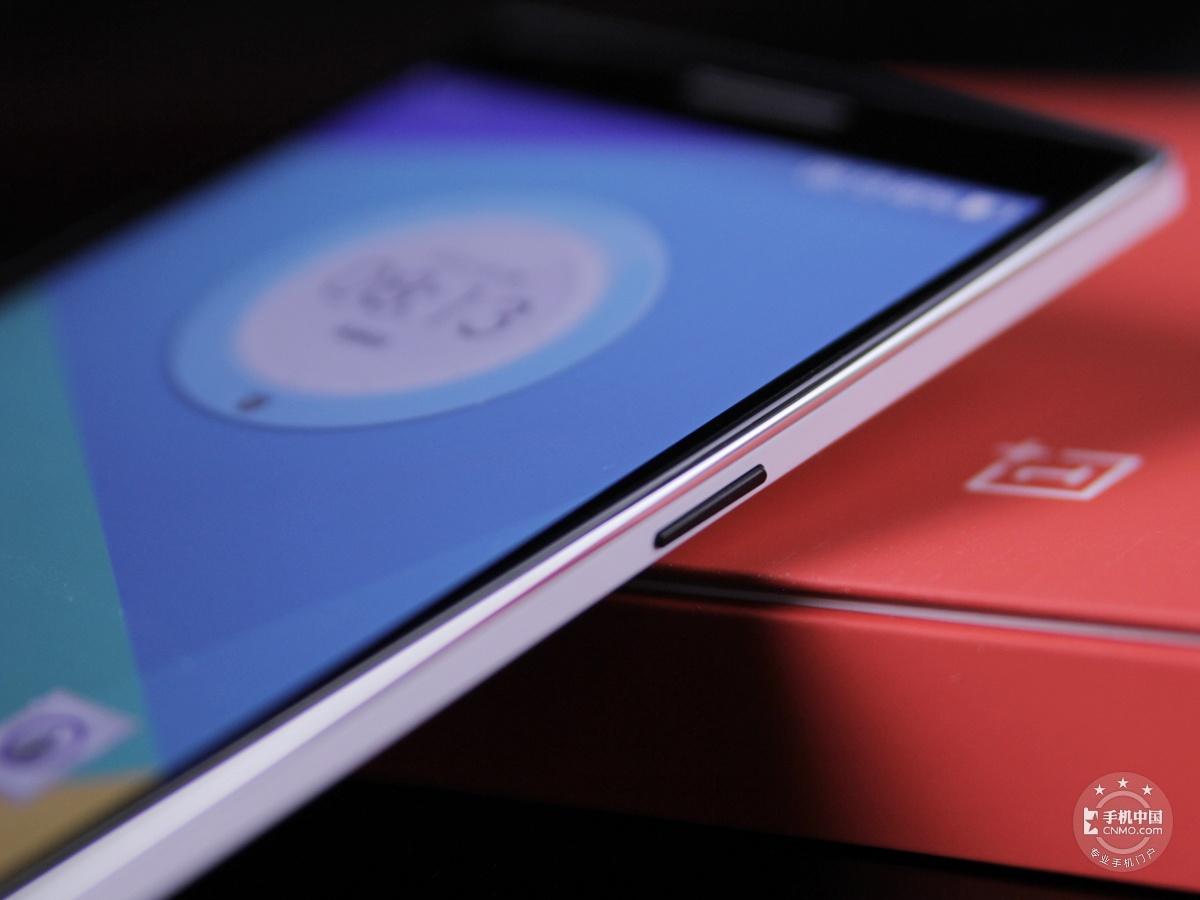 一加手机(64GB/联通版)机身细节第2张