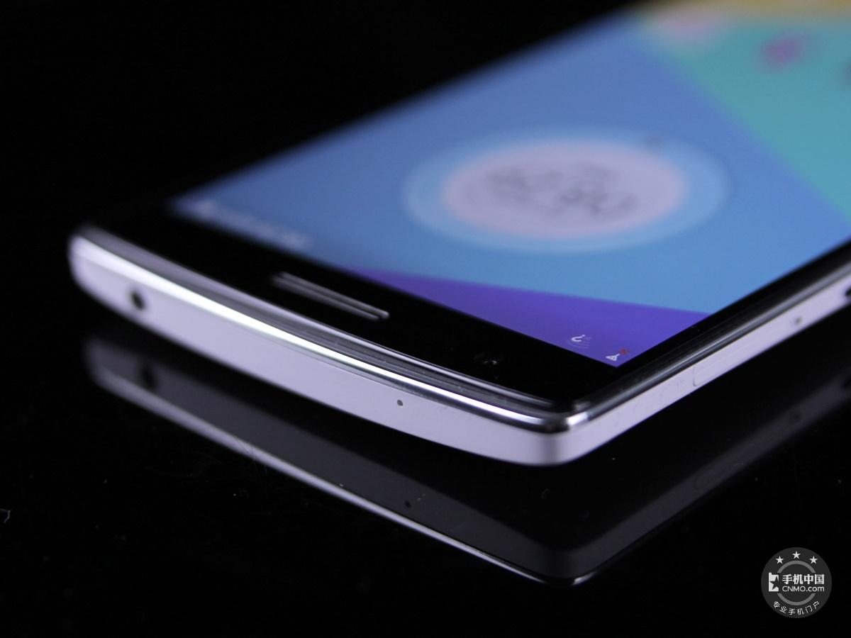 一加手机(64GB/联通版)机身细节第5张