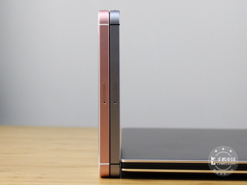 苹果iPhoneSE(全网通/16GB)产品对比第5张