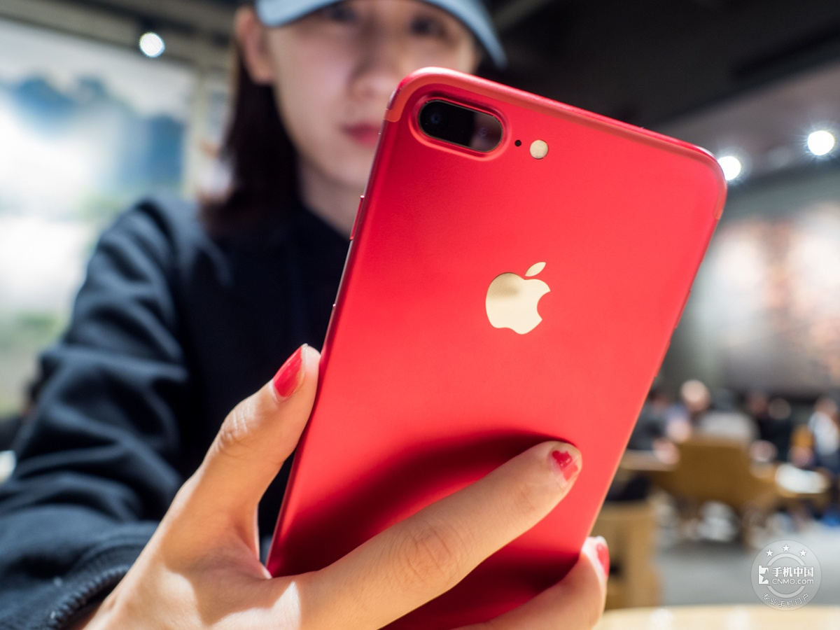 苹果iPhone7Plus(128GB)机身细节第8张