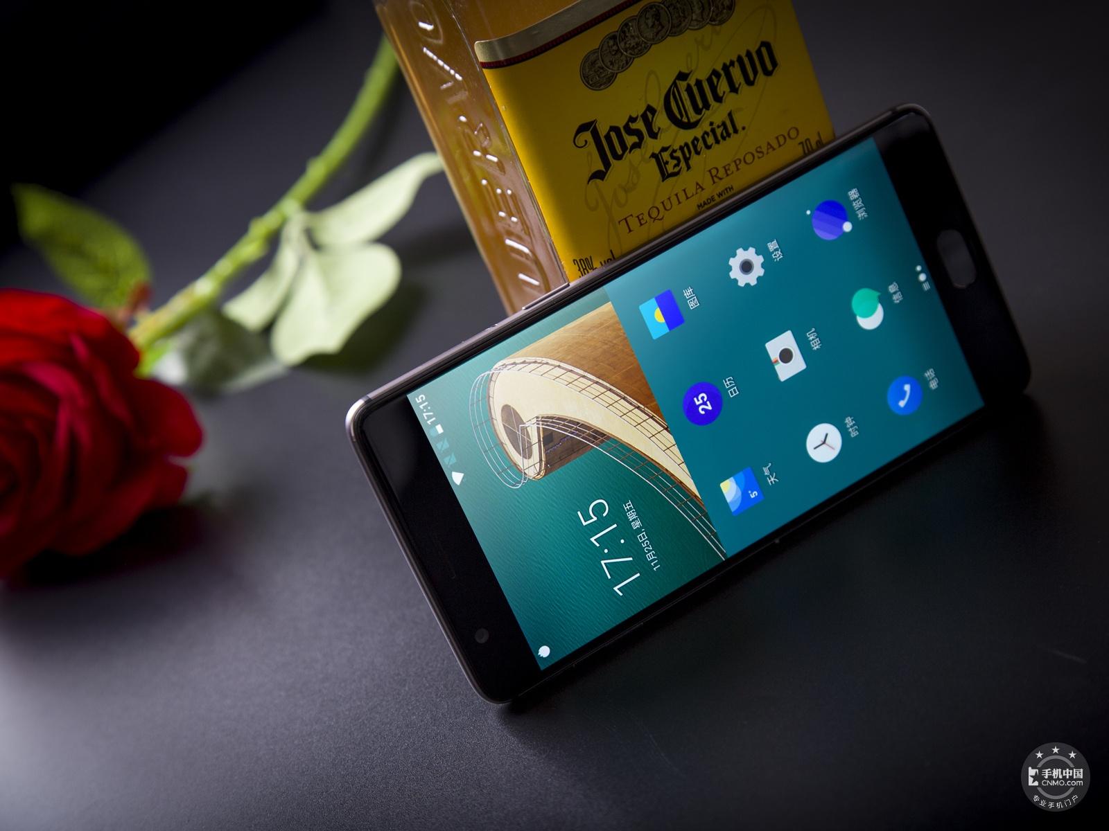 一加手机3T(64GB)整体外观第4张